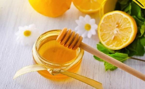 Cách dưỡng trắng da mặt an toàn hiệu quả bằng mật Ong
